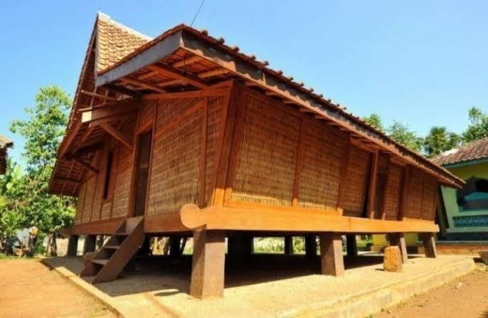 5 Rumah Adat Jawa Barat Beserta Nama Dan Gambarnya