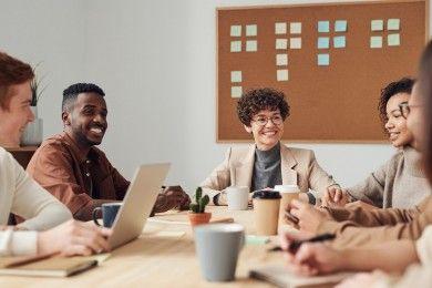 5 Kiat Jitu Memimpin Meeting Kantor