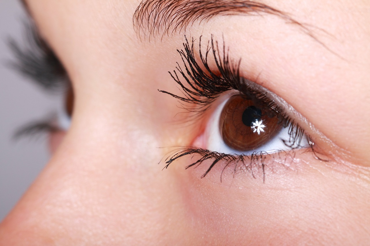 9 Penyebab Mata Kering dan Cara Mengatasinya
