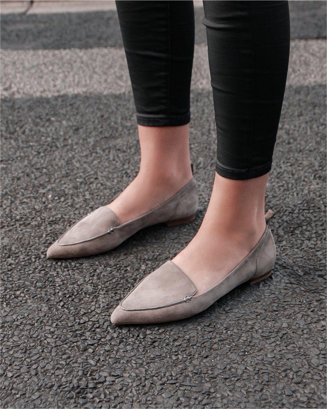 Cara Paling Mudah dan Cepat Mencuci Flat Shoes