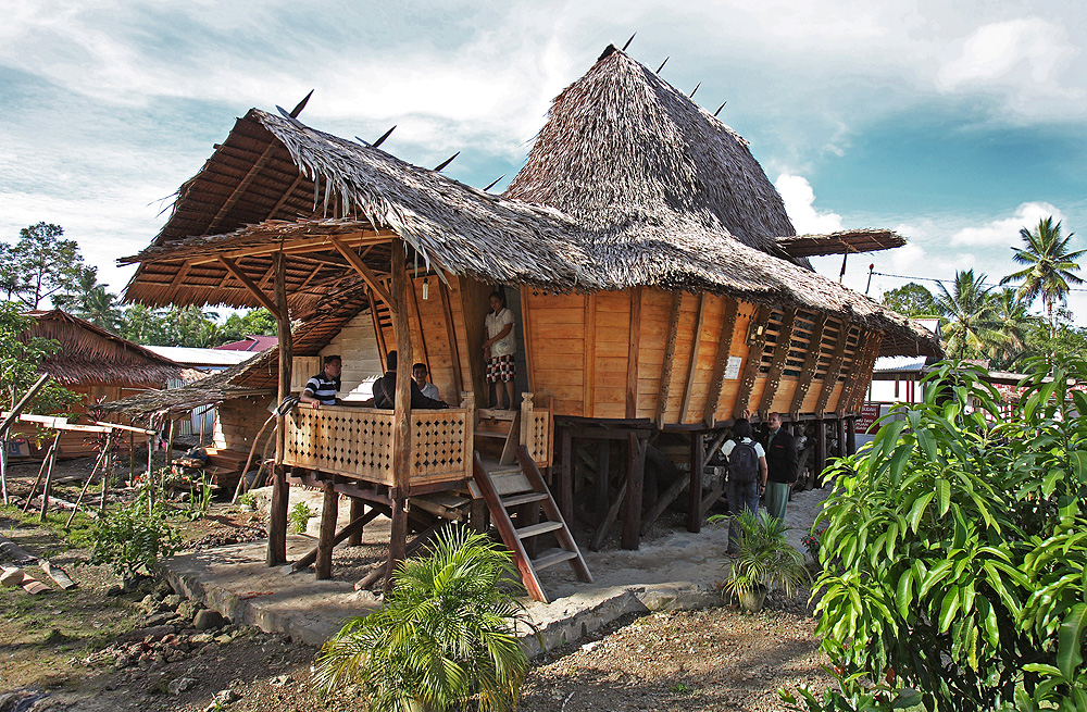 Yuk, Intip 5 Rumah Adat Sumatra Utara yang Memukau!