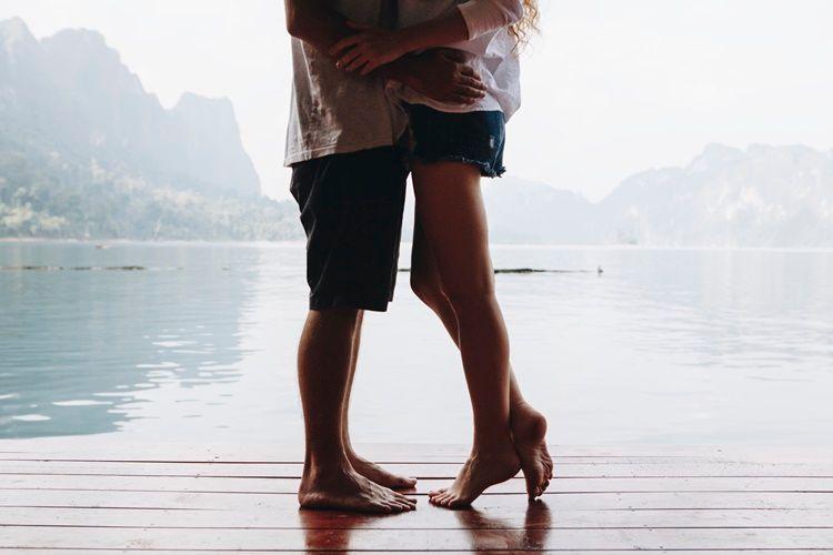 7 Tips Memuaskan Laki-Laki Aquarius di Ranjang, Bikin Dia Makin Cinta!