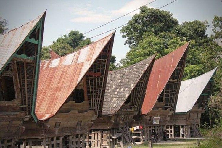 5 Rumah Adat Sumatera Utara Beserta Nama Dan Gambarnya