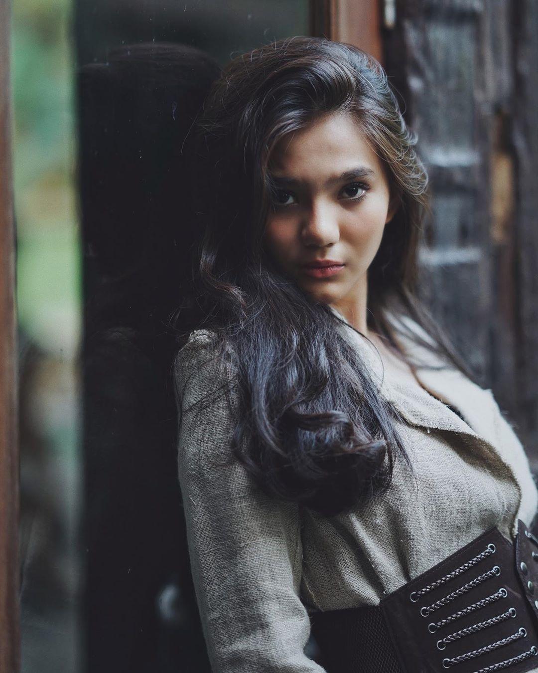 Perjalanan Karier Afifah yang Terkenal sebagai Zahra T.O.P