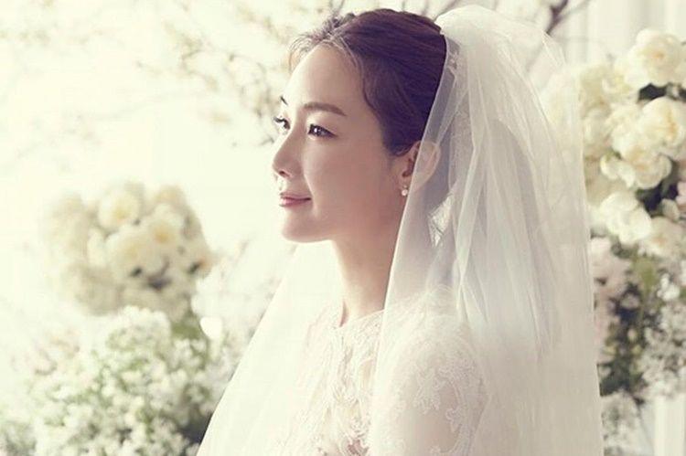Tak Ketahuan Pacaran, 7 Artis Korea Ini Tiba-Tiba Umumkan Menikah