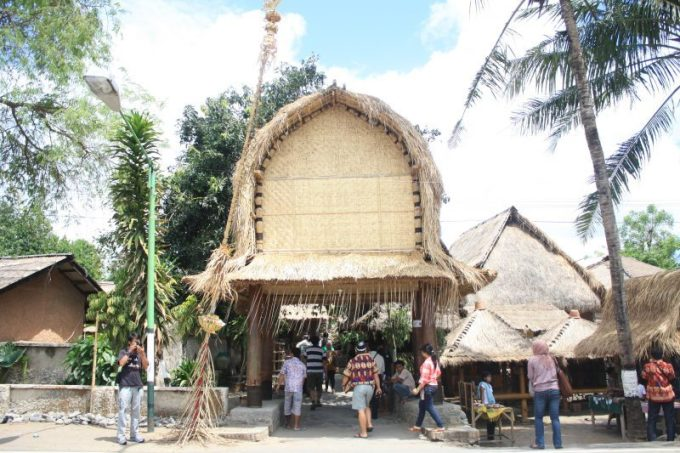 Unik dan Menarik, Ini Dia 5 Rumah Adat Nusa Tenggara Barat