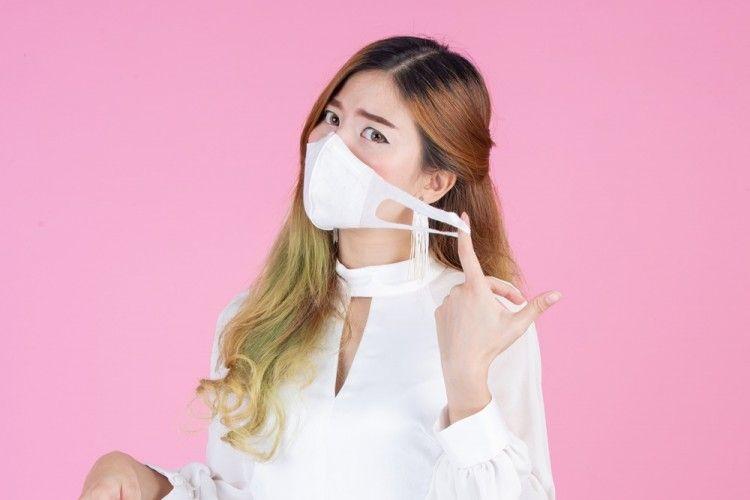 Nggak Perlu Panik, Ini 5 Cara Mudah Buat Masker Sendiri di Rumah