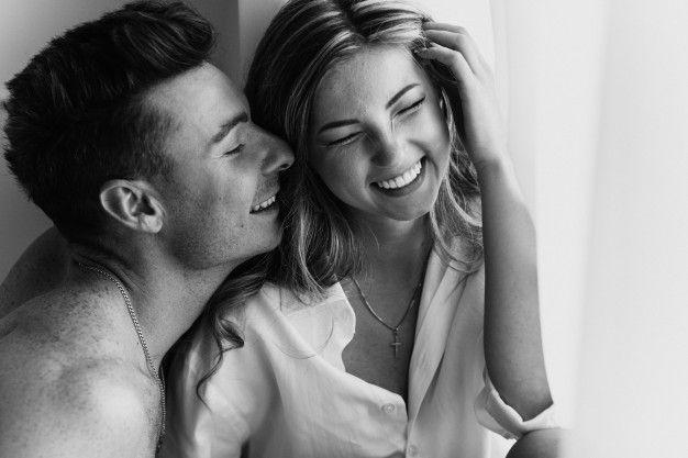 Alasan Perempuan Lebih Tertarik dengan Pasangan Dominan di Ranjang