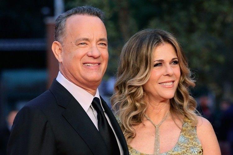 Berjuang Lawan Corona, Ini 9 Foto Romantis Tom Hanks & Rita Wilson