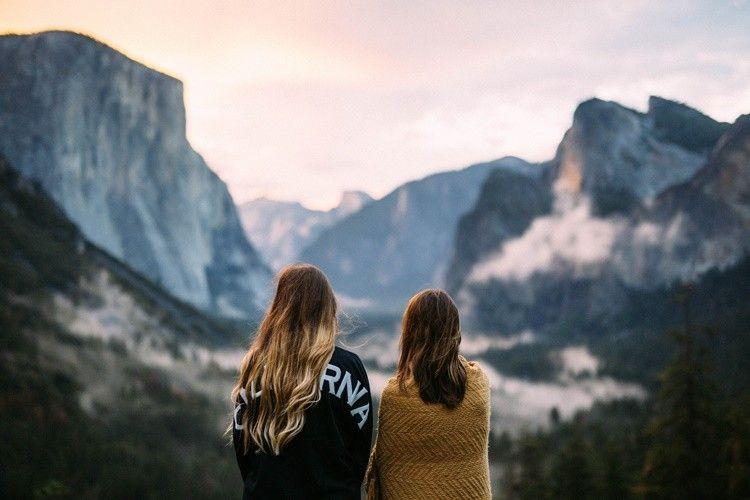 Ini 5 Hal yang Bisa Kamu Lakukan Ketika Tahu Sahabatmu Selingkuh