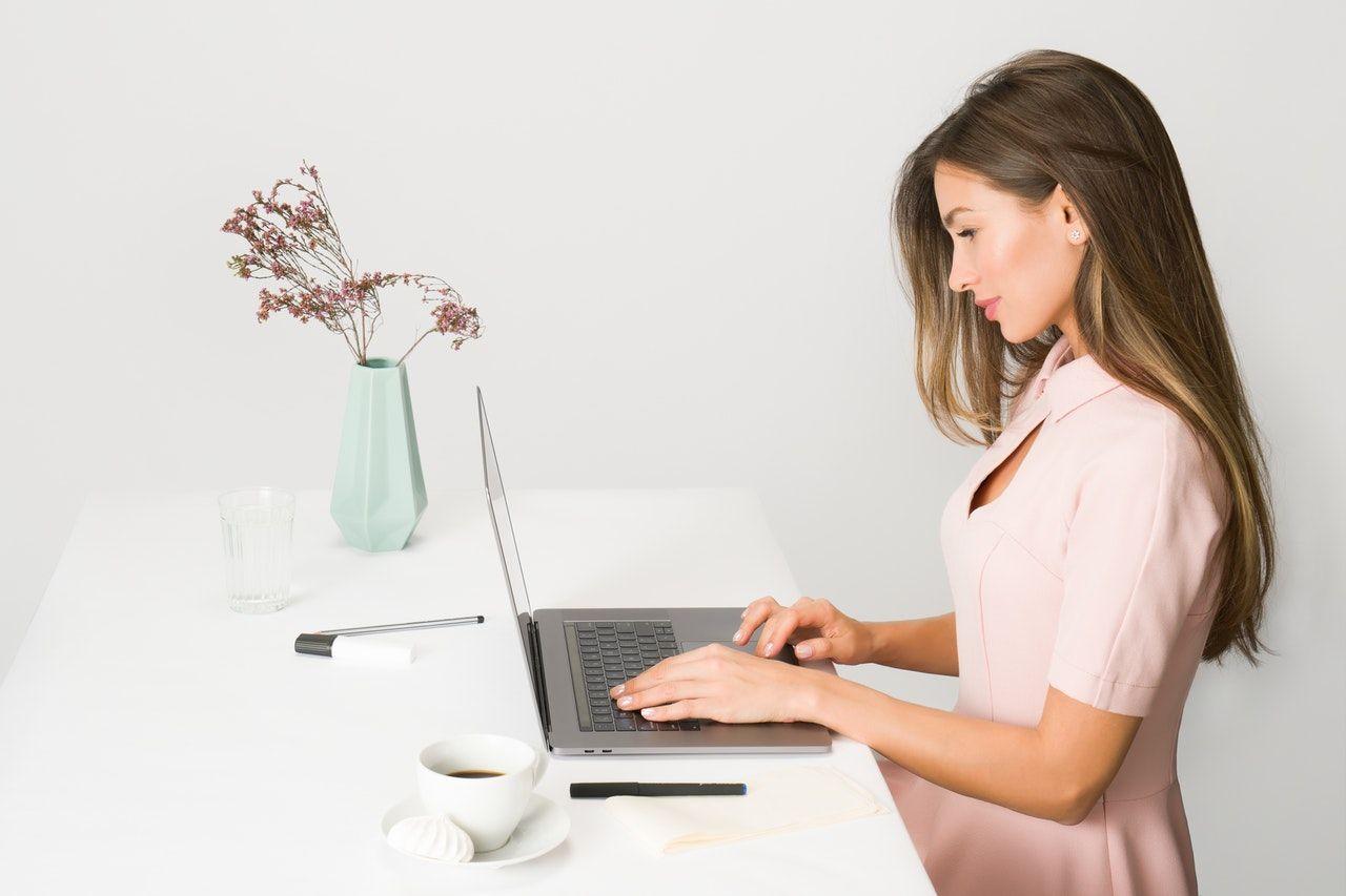 WFH? Ini 11 Cara Agar Tetap Produktif Saat Bekerja dari Rumah