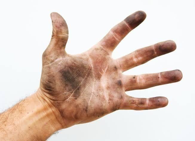 Efektif Nggak Sih Pakai Hand Sanitizer untuk Cegah Virus Corona?