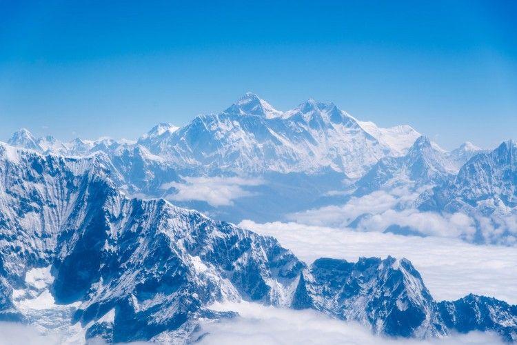 Jalur Pendakian Gunung Everest di Nepal Ditutup Karena Virus Corona