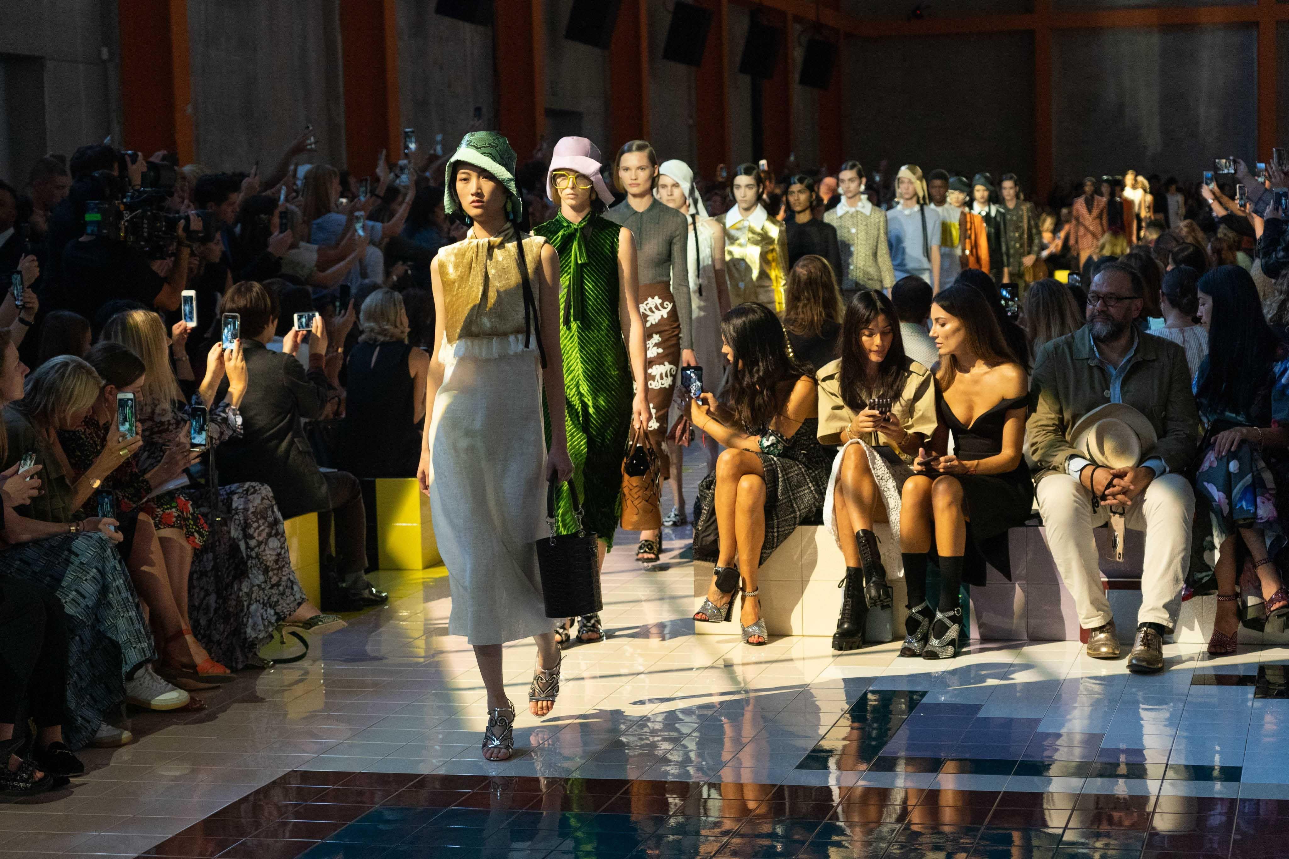 Daftar Fashion Brand yang Sumbang Donasi Fantastis untuk Lawan Corona