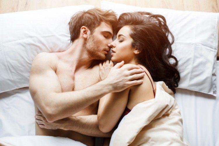 7 Cara Ini Dijamin Sukses Bikin Hubungan Seksmu Lebih Intim
