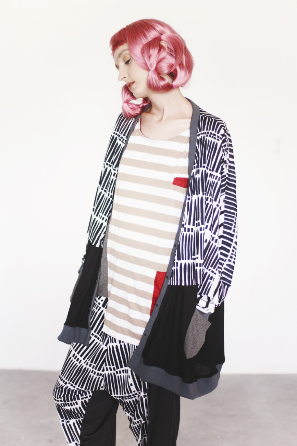 #PopbelaOOTD: Saatnya Upgrade Penampilanmu Pakai Cardigan