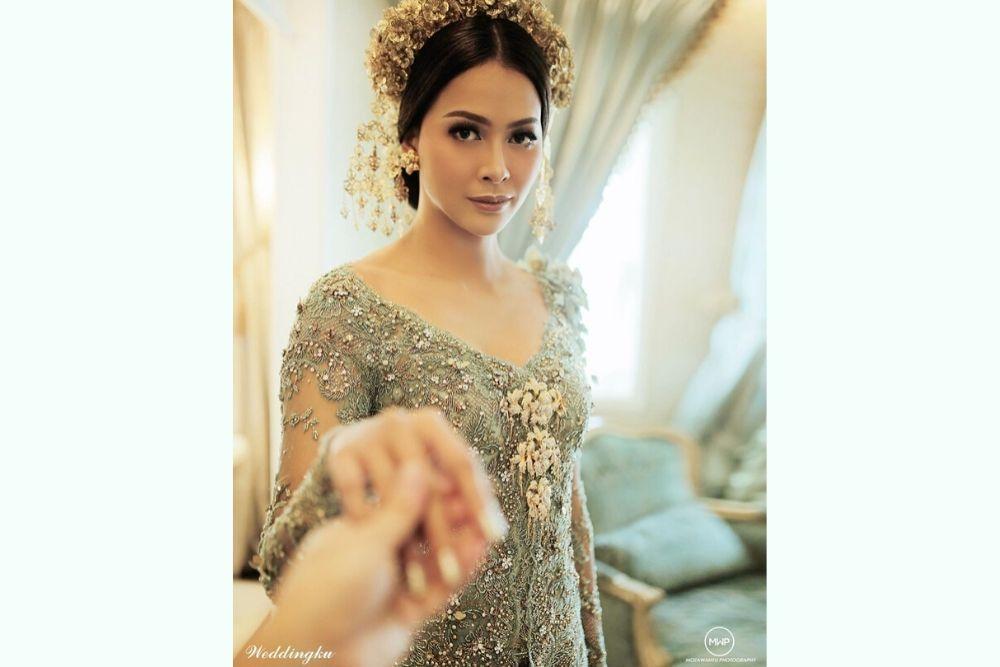 Stunning! Begini Riasan Bunga Jelitha Ketika Menikah