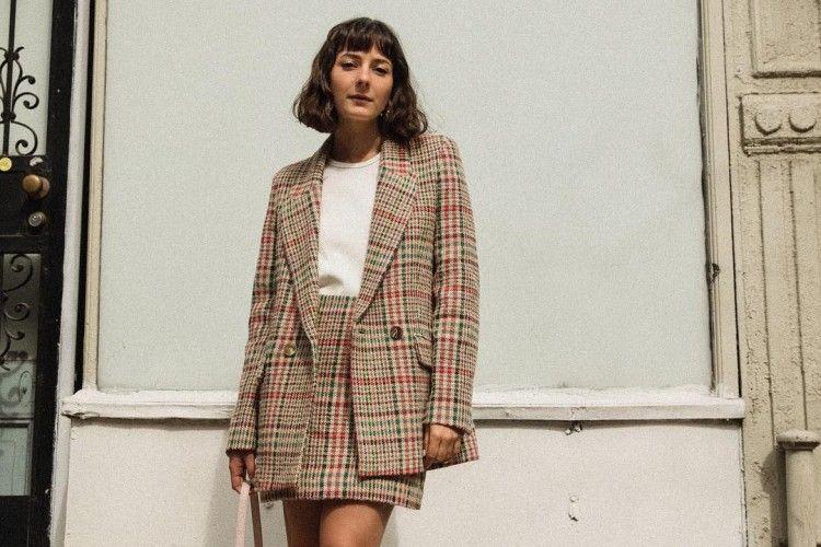 5 Tips Membuat Baju Basic Jadi Makin Trendi