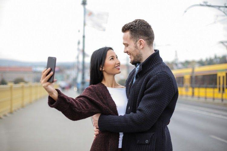 Hindari 15 Relationship Goals Ini, Bikin Hubungan Nggak Sehat!