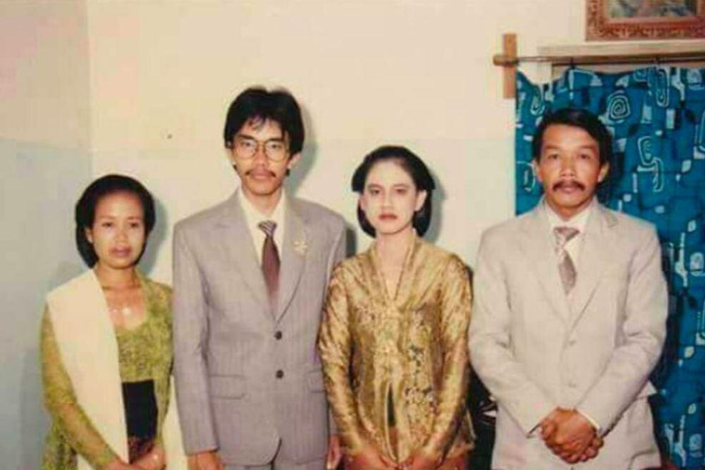 Tutup Usia, Begini Potret Ibunda Jokowi Semasa Muda