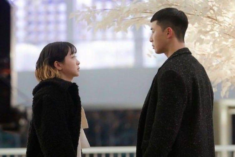 Menyentuh, Ini 5 Pelajaran Cinta dari Serial Itaewon Class