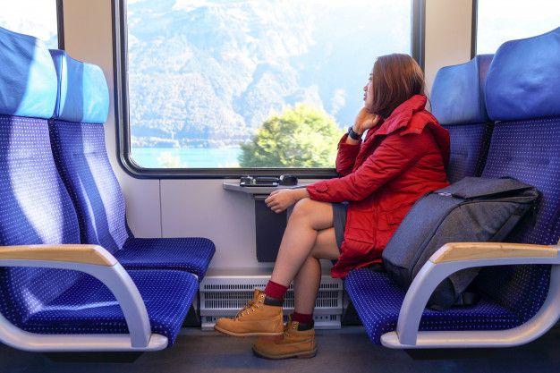 Hindari Hal Ini Saat Naik Kereta Api
