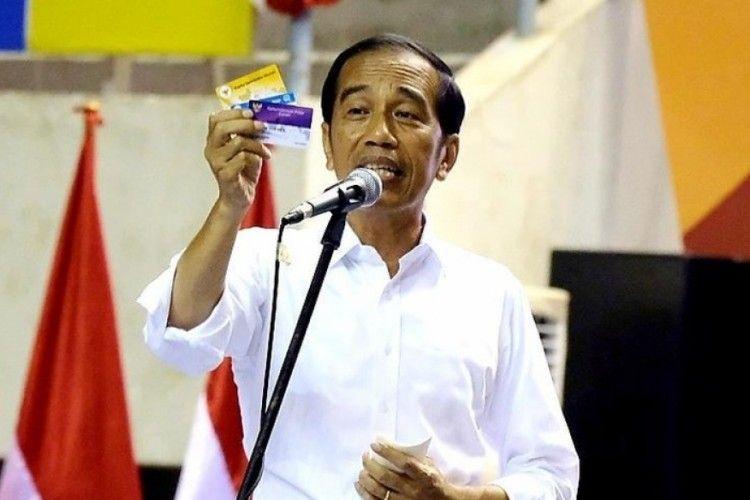 Imbas Corona, Jokowi Mempercepat Perilisan Kartu Pra Kerja
