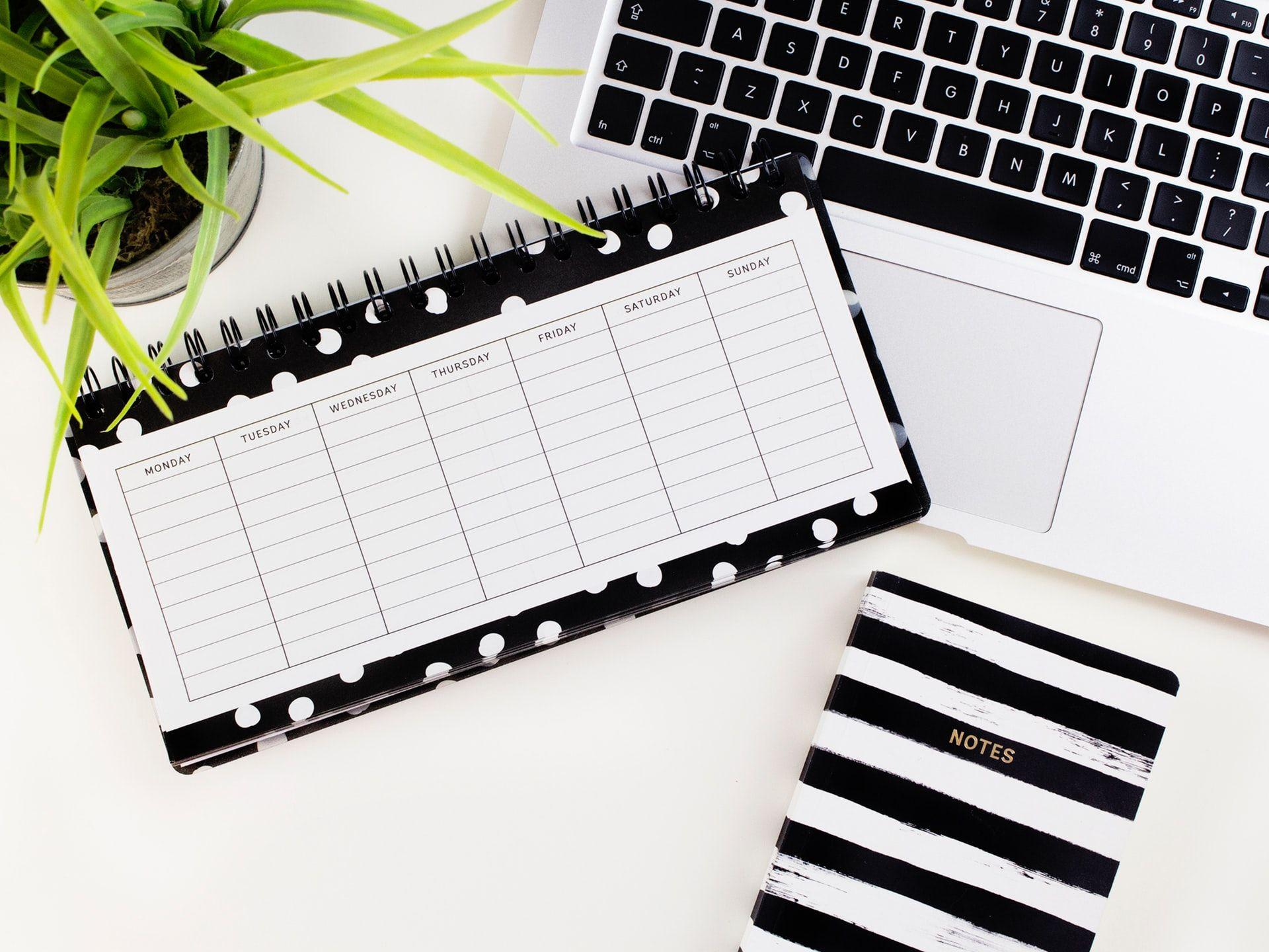 Mulai Jenuh #WFH? Ini 5 Kiat Tetap Fokus Bekerja dari Rumah