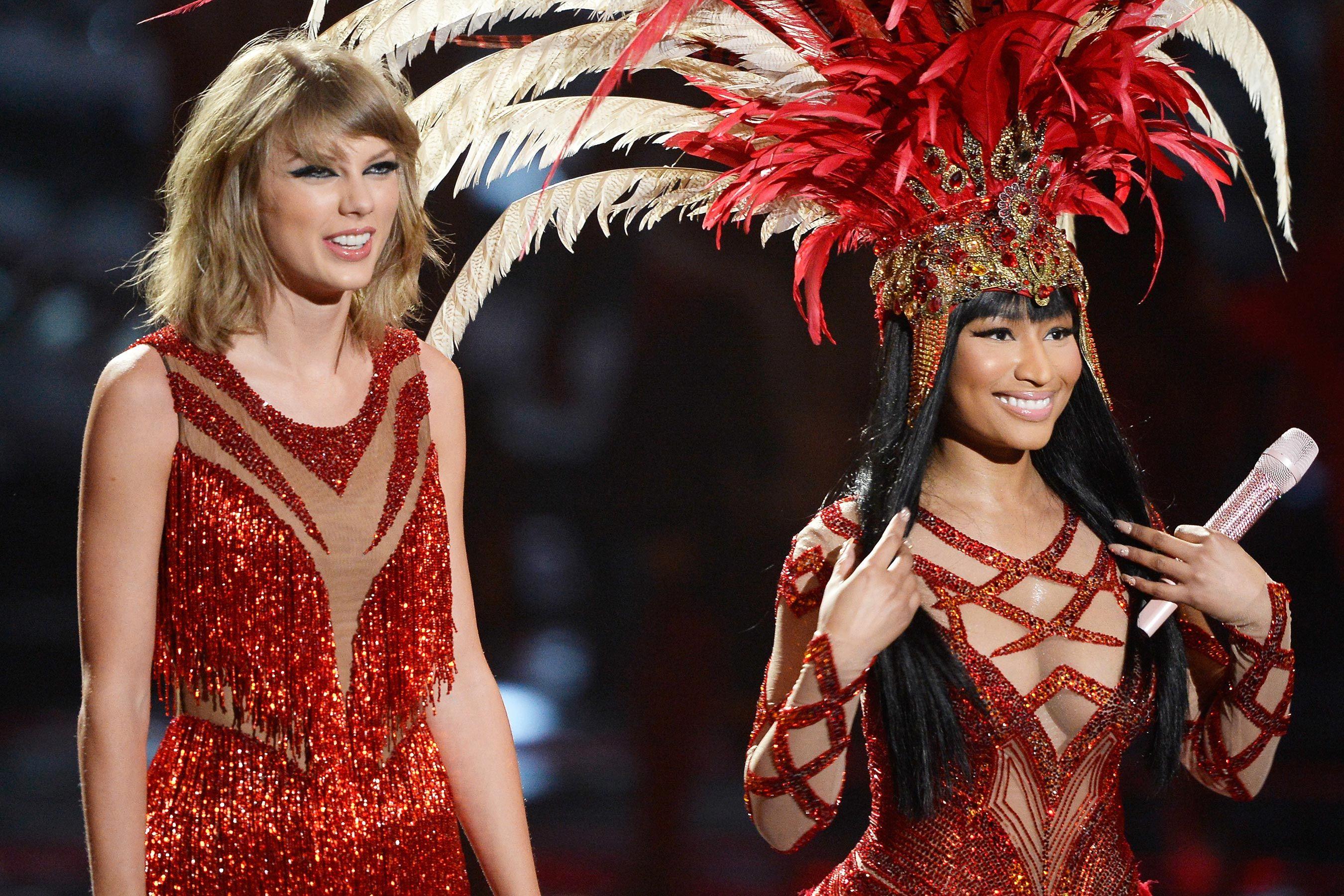 8 Artis Perempuan yang Pernah & Masih Jadi Musuh Taylor Swift