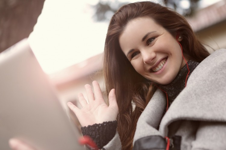 7 Ide Kencan Online Sama Pacar Selama Social Distancing