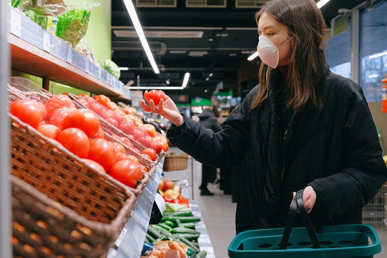 Amankah Belanja Online Saat Marak Virus Corona? Ini Jawabannya