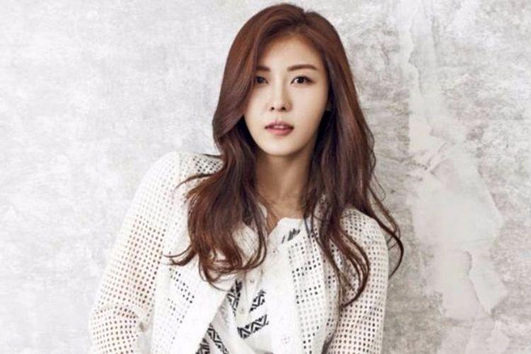 Hyun Bin dan 6 Perempuan yang Pernah Ada di Hidupnya
