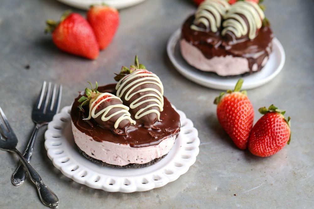 Olahan Dessert dari Cokelat dan Stroberi yang Bikin Ngiler
