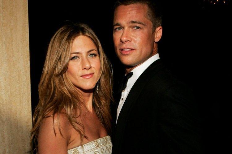 Diisukan Menikah, Ini Perjalanan Cinta Brad Pitt & Jennifer Aniston