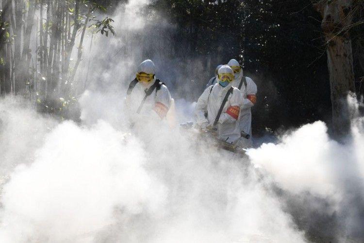 Tidak Tangkal Virus Corona, Ini Bahaya Semprotkan Disinfektan ke Tubuh