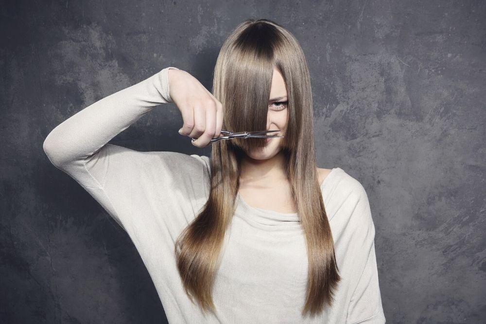 Begini 5 Cara Memotong Rambut Sendiri di Rumah