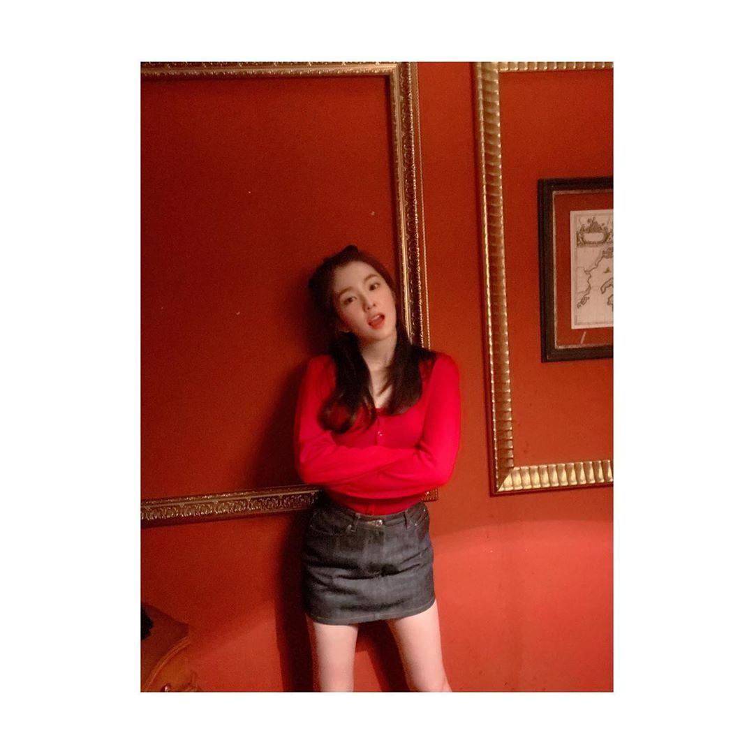 Gaya Manis Irene 'Red Velvet', Tetap Seksi!