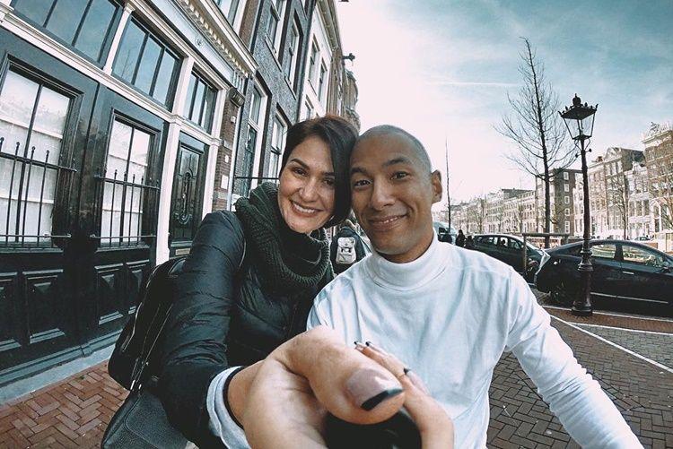 Beda Agama, 7 Artis Ini Putuskan Menikah di Luar Negeri