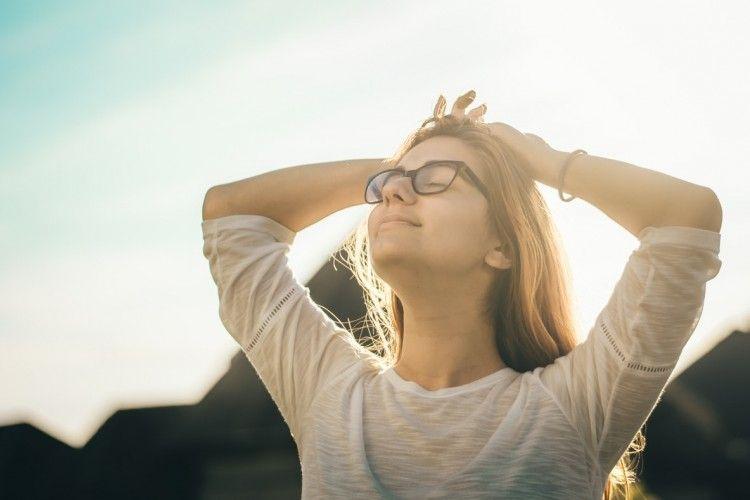 6 Alasan Mengapa Pikiran Positif Dapat Memperpanjang Usia