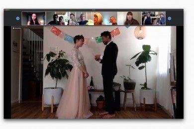 Pernikahan Unik Berbagai Negara Digelar Saat Pandemi COVID-19