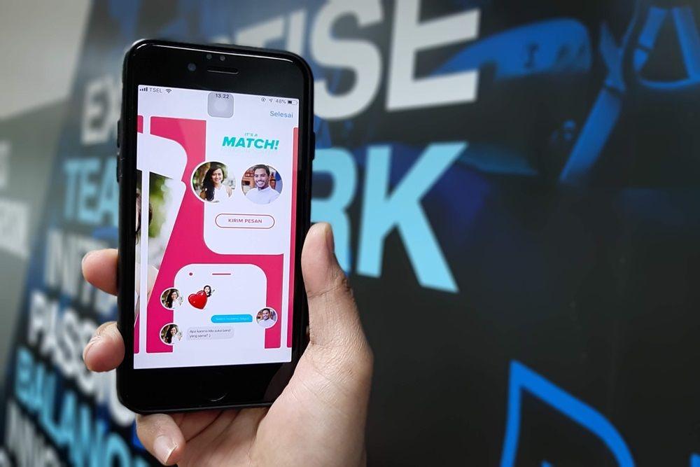 Cara Cari Jodoh Lewat Aplikasi Kencan dan Tips Aman Main Tinder