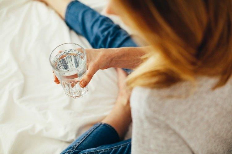 5 Kebiasaan Minum ini Harus Kamu Hindari Demi Kesehatan