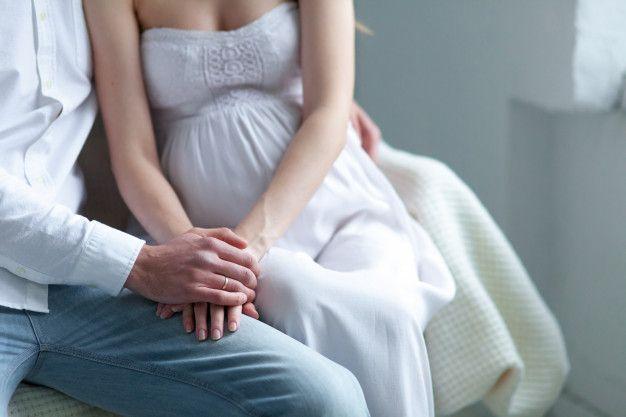 Cara Aman Berhubungan Seks Saat Hamil