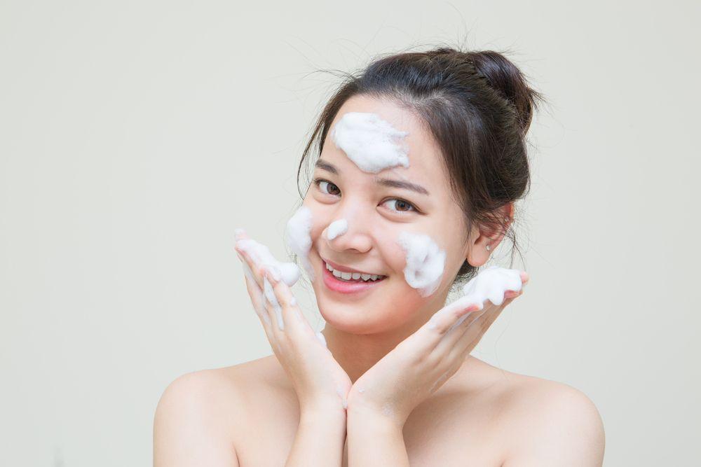 Bare Face Tetap Glowing Dengan 5 Tips Mudah ini, Berani Coba?