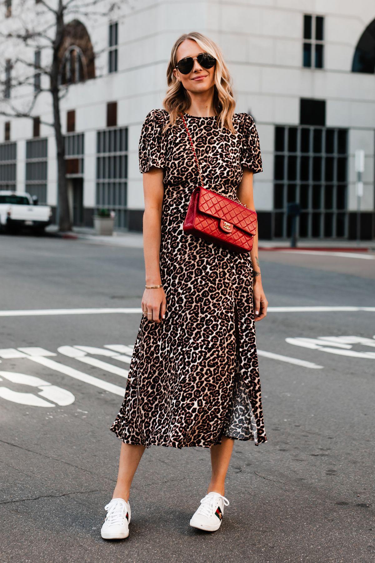 7 Model Dress Rumahan yang Jadi Trend Fashion #DiRumahAja