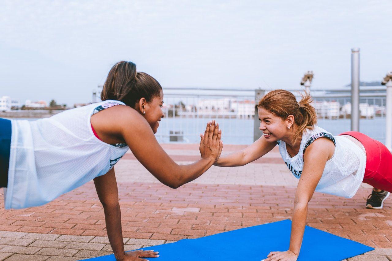 7 Tips Olahraga yang Bisa Kamu Coba Jika Malas Nge-gym