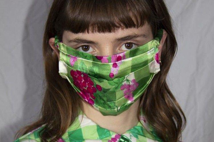 6 Bahan yang Cocok untuk Membuat Masker Kain Rumahan