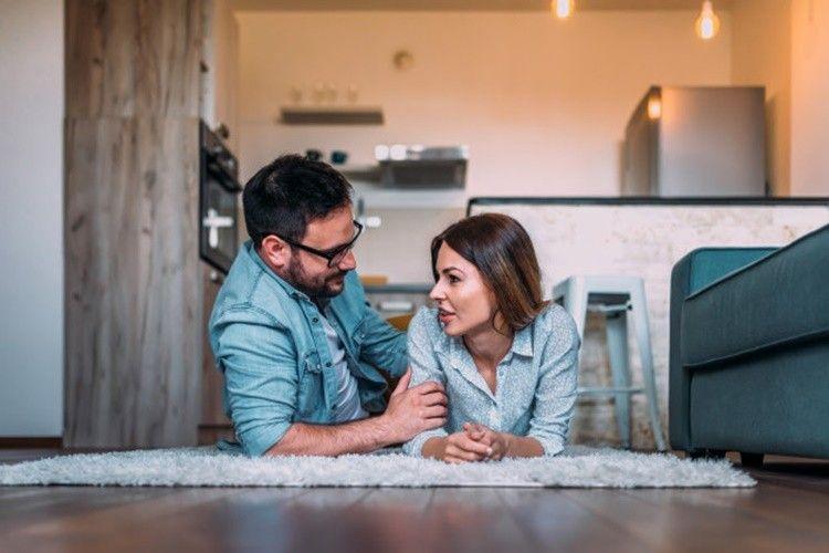 5 Alasan Terlalu Mendominasi Bikin Hubungan Jadi Nggak Sehat