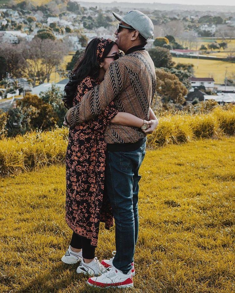Baru Jadi Ayah, 9 Foto Kenangan Glenn Fredly & Istri Sebelum Meninggal