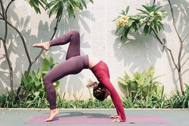 Lepas Stres, Ini 5 Manfaat Rutin Melakukan Yoga Selama #DiRumahAja